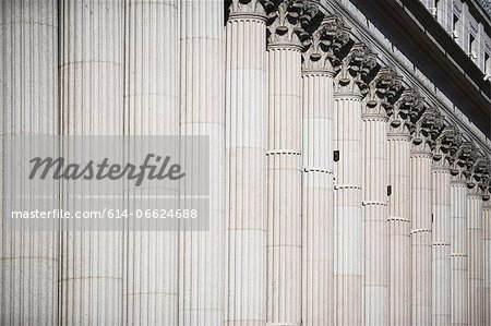 Columns of ornate building Stock Photo - Premium Royalty-Free, Image code: 614-06624688