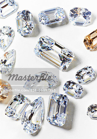 Cubic zirconium made to look like diamonds Stock Photo - Premium Royalty-Free, Image code: 614-06897953