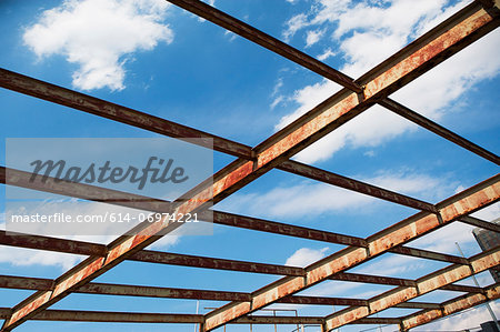 Open rusting roof framework Stock Photo - Premium Royalty-Free, Image code: 614-06974221
