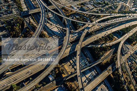 Aerial view of complex curved flyovers and highways, Los Angeles, California, USA Stock Photo - Premium Royalty-Free, Image code: 614-08148483