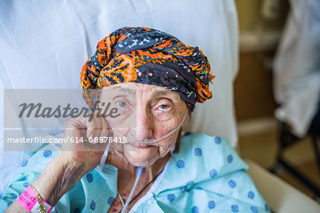Patient on hospital bed, close up Stock Photo - Premium Royalty-Free, Image code: 614-08578415