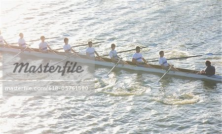 High angle view of men in canoe Stock Photo - Premium Royalty-Free, Image code: 618-05761580