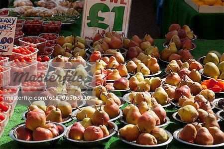 Fruit and Vegetable Market Stall Stock Photo - Premium Royalty-Free, Image code: 618-06503910