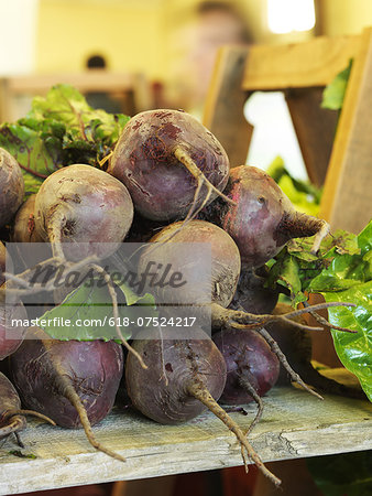 Farmers Market Stock Photo - Premium Royalty-Free, Image code: 618-07524217