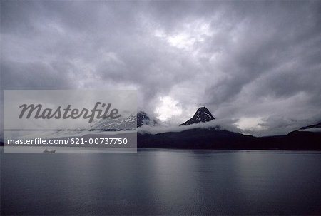 Yakutat Bay, Alaska Stock Photo - Premium Royalty-Free, Image code: 621-00737750