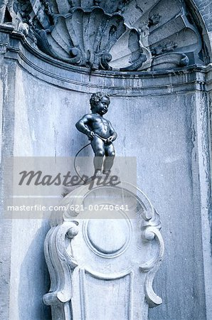 Manneken Pis, Brussels, Belgium Stock Photo - Premium Royalty-Free, Image code: 621-00740641