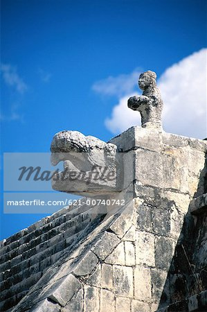 Chichen Itza, Mexico Stock Photo - Premium Royalty-Free, Image code: 621-00740742