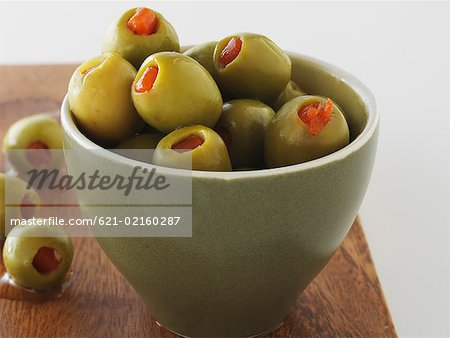 Fresh olives in bowl Stock Photo - Premium Royalty-Free, Image code: 621-02160287