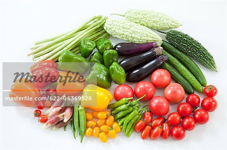 Group of summer vegetables Stock Photo - Premium Royalty-Free, Image code: 622-06369928