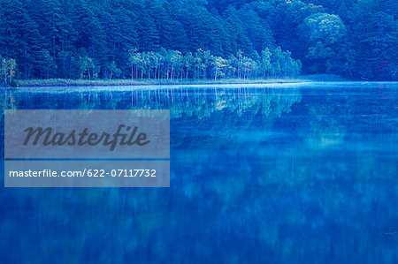 Morning at lake Onneto, Hokkaido Stock Photo - Premium Royalty-Free, Image code: 622-07117732