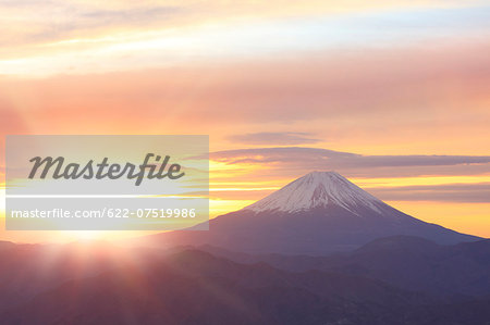 Mount Fuji Stock Photo - Premium Royalty-Free, Image code: 622-07519986