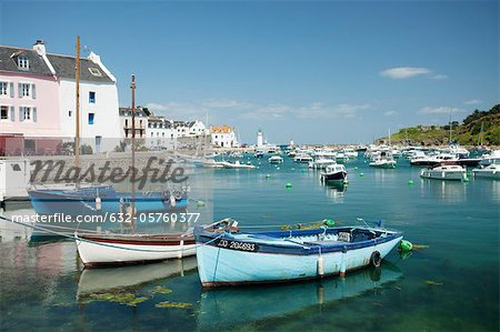 Boats in marina, Sauzon, Belle-Ile-en-Mer, Morbihan, Brittany, France Stock Photo - Premium Royalty-Free, Image code: 632-05760377