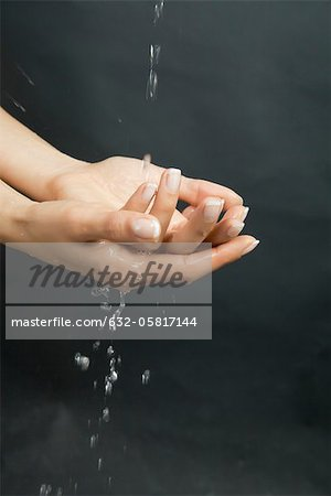 Washing hands Stock Photo - Premium Royalty-Free, Image code: 632-05817144