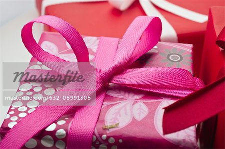 Festively wrapped gifts Stock Photo - Premium Royalty-Free, Image code: 632-05991305