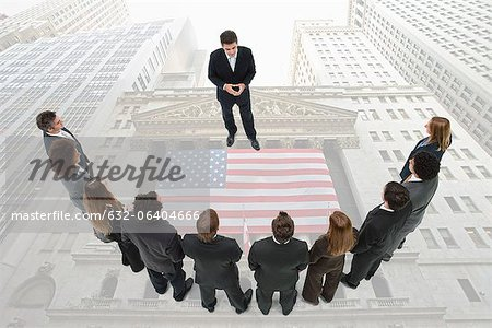 CEO meets with group of investors Stock Photo - Premium Royalty-Free, Image code: 632-06404666