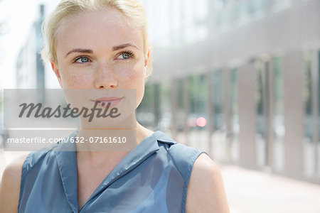 Young woman, portrait Stock Photo - Premium Royalty-Free, Image code: 632-07161610
