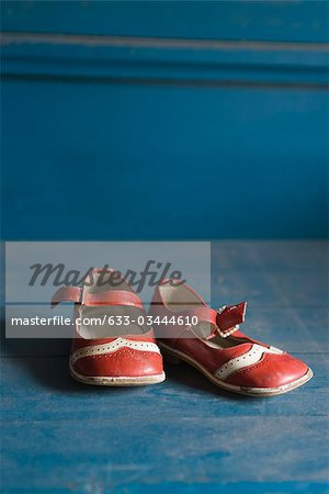 Child's shoes Stock Photo - Premium Royalty-Free, Image code: 633-03444610