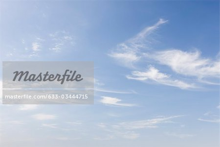 Wispy clouds in blue sky Stock Photo - Premium Royalty-Free, Image code: 633-03444715
