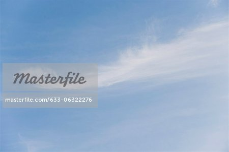 Wispy clouds in sky Stock Photo - Premium Royalty-Free, Image code: 633-06322276