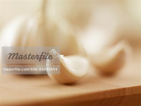 Close up of garlic clove Stock Photo - Premium Royalty-Free, Image code: 635-06045505