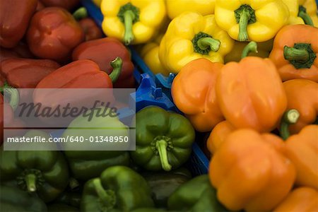 Close-up of bell peppers Stock Photo - Premium Royalty-Free, Image code: 640-01348950