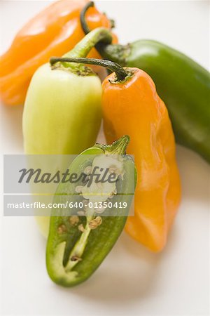 Close-up of chili peppers Stock Photo - Premium Royalty-Free, Image code: 640-01350419
