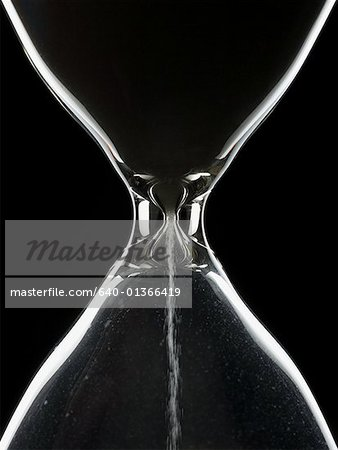 Detailed view of hourglass Stock Photo - Premium Royalty-Free, Image code: 640-01366419
