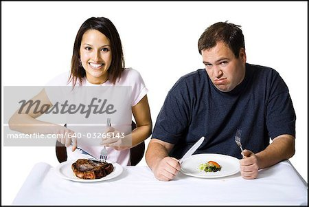 Couple eating lunch Stock Photo - Premium Royalty-Free, Image code: 640-03265143