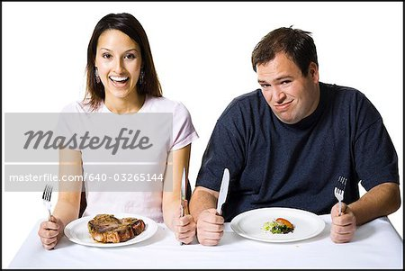 Couple eating lunch Stock Photo - Premium Royalty-Free, Image code: 640-03265144