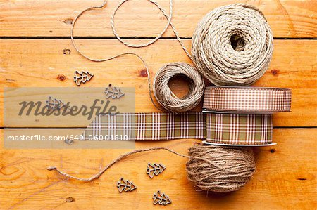 Close up of ribbon, string and shapes Stock Photo - Premium Royalty-Free, Image code: 649-06001810