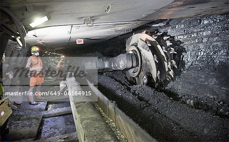 Coal miner working in mine Stock Photo - Premium Royalty-Free, Image code: 649-06164915