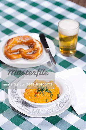 Cheese soup with beer and pretzel Stock Photo - Premium Royalty-Free, Image code: 649-06400749