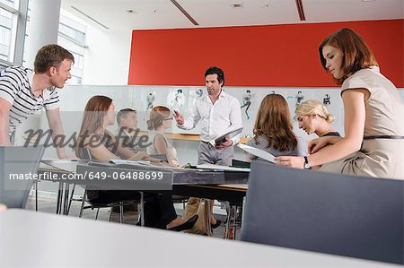 Business people working in office Stock Photo - Premium Royalty-Free, Image code: 649-06488699
