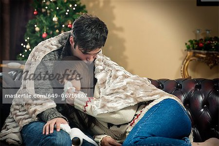 Man hugging crying girlfriend Stock Photo - Premium Royalty-Free, Image code: 649-06716867