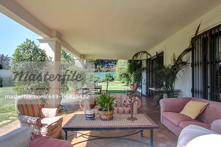 Garden terrace of luxury villa Stock Photo - Premium Royalty-Free, Image code: 649-06829422