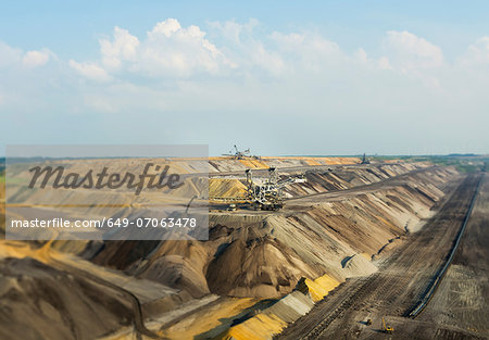 Opencast site for extracting brown coal, Juchen, Germany Stock Photo - Premium Royalty-Free, Image code: 649-07063478