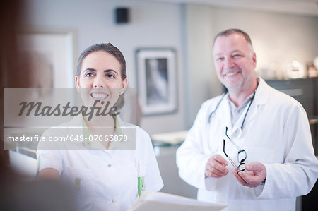 Candid portrait of doctor and nurse Stock Photo - Premium Royalty-Free, Image code: 649-07063878
