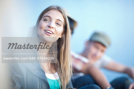 Group of teenage friends Stock Photo - Premium Royalty-Free, Image code: 649-07064226