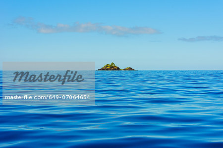 Atoll, Yasawa island group, Fiji, South Pacific Stock Photo - Premium Royalty-Free, Image code: 649-07064654