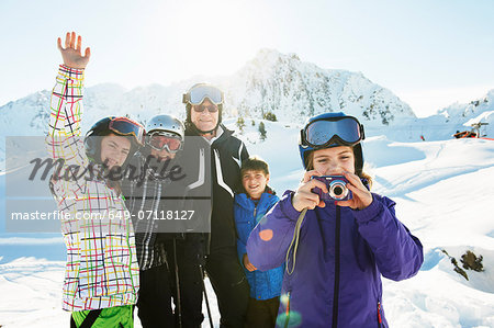 Portrait of skiing family, Les Arcs, Haute-Savoie, France Stock Photo - Premium Royalty-Free, Image code: 649-07118127