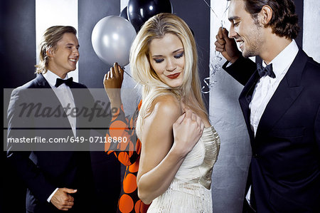 Small group of people dancing in club Stock Photo - Premium Royalty-Free, Image code: 649-07118880