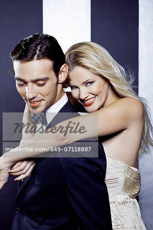 Young couple dancing closely in nightclub Stock Photo - Premium Royalty-Free, Image code: 649-07118887