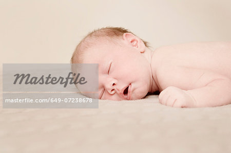 Baby sleeping Stock Photo - Premium Royalty-Free, Image code: 649-07238678