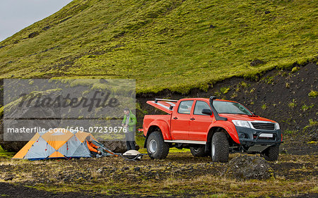 Customised SUV at remote camp on the Icelandic highlands, Hungurfit, Fjallabak, Iceland Stock Photo - Premium Royalty-Free, Image code: 649-07239676