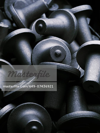 Small upset forged shafts Stock Photo - Premium Royalty-Free, Image code: 649-07436921