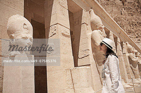 Statues at the Mortuary Temple of Queen Hatshepsut, Egypt Stock Photo - Premium Royalty-Free, Image code: 649-07585376