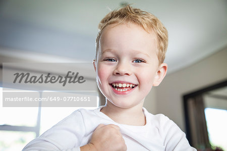 Portrait of smiling three year old boy Stock Photo - Premium Royalty-Free, Image code: 649-07710651