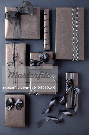 Gift-wrapped boxes Stock Photo - Premium Royalty-Free, Image code: 649-08060140