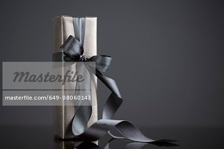 Gift-wrapped boxes Stock Photo - Premium Royalty-Free, Image code: 649-08060143