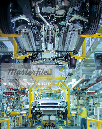 Cars on production line in car factory Stock Photo - Premium Royalty-Free, Image code: 649-08119347